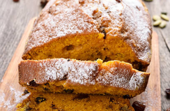Pumpkin Raisin Cake - picture 1